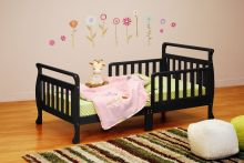 Anna Toddler Bed (Color Option: Black)